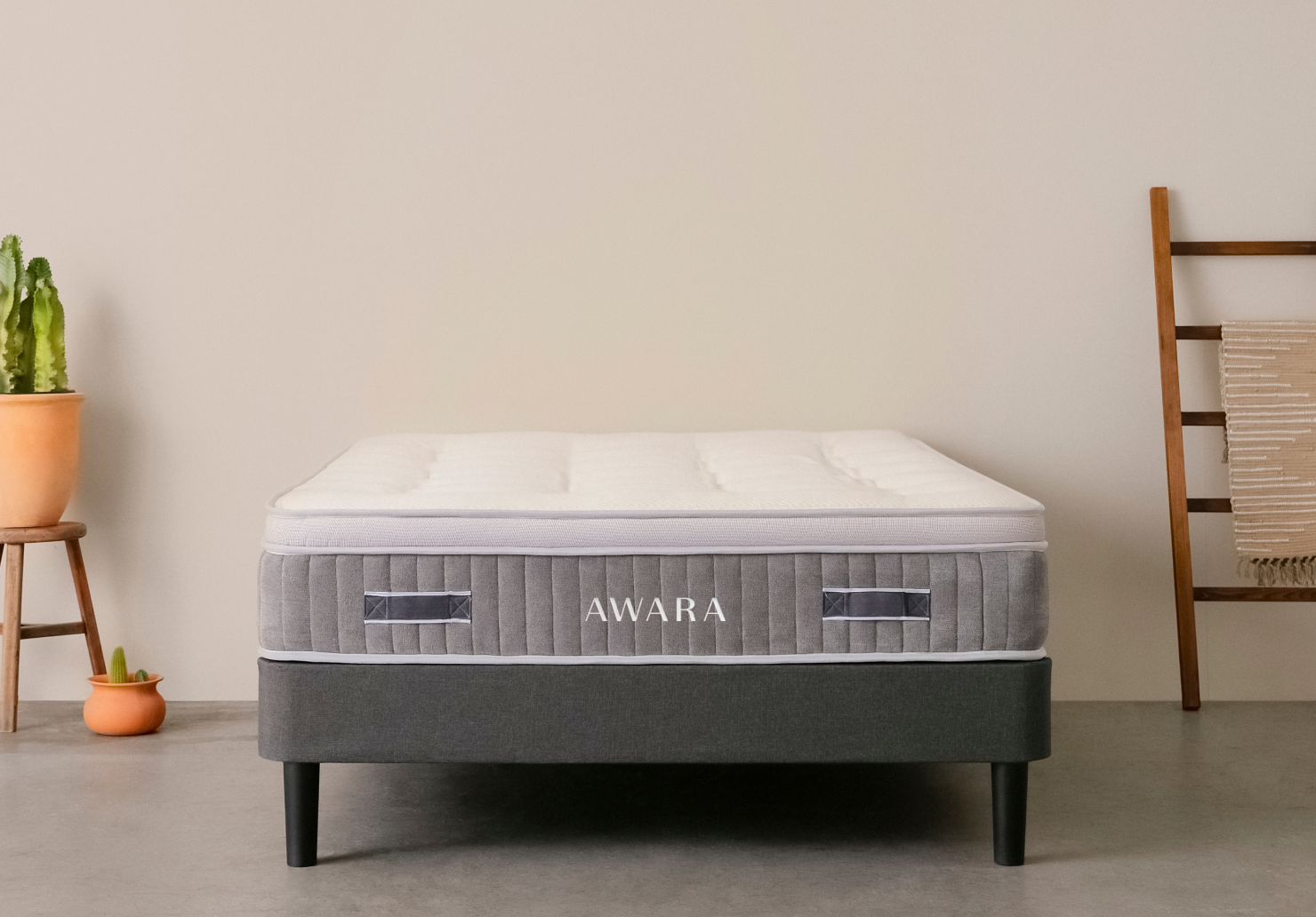 Awara Queen Latex Hybrid Mattress